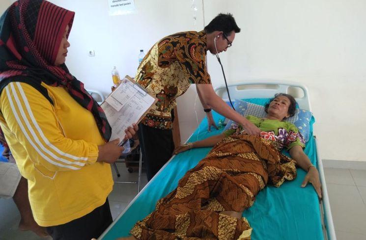pemeriksaan ibu di UPTD PKM Karimunjawa (ID COMM)